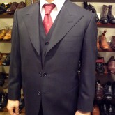 OLDHAT_30's_style_peaked_lapel